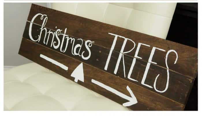 christmas trees sign from pallet