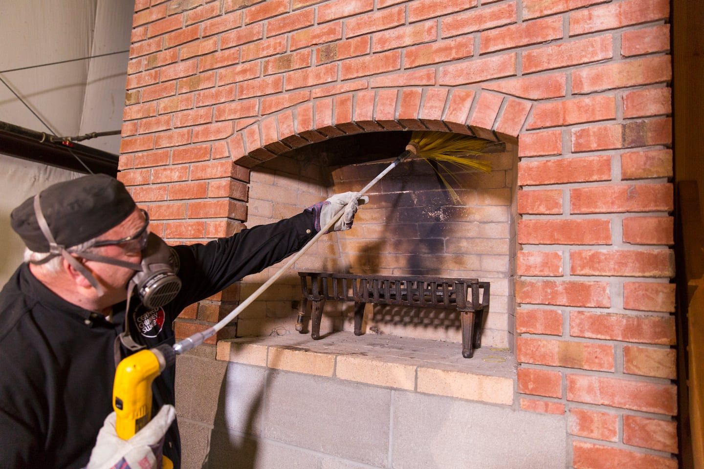 How Much Does a Chimney Sweep Cost? | Angie's List