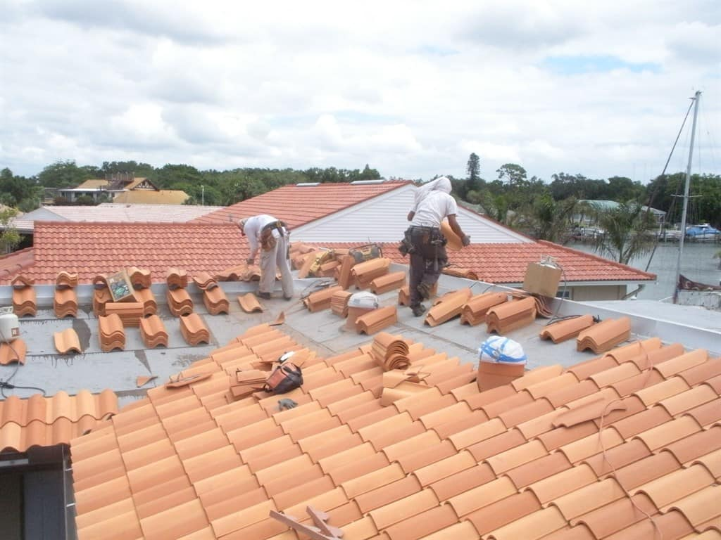 How Much Does Roof Replacement Cost? | Angie's List