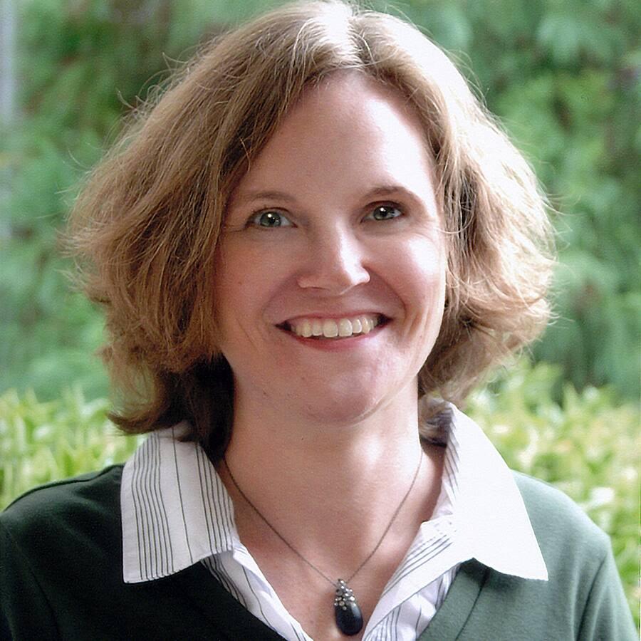 Courtney St. Onge, Charlotte community editor