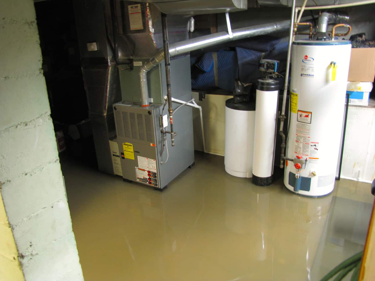 Why Homes in Central Indiana Need Sump Pumps