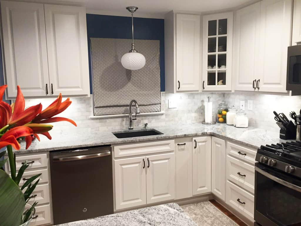 How Much Does It Cost to Paint Kitchen Cabinets? | Angie\'s List