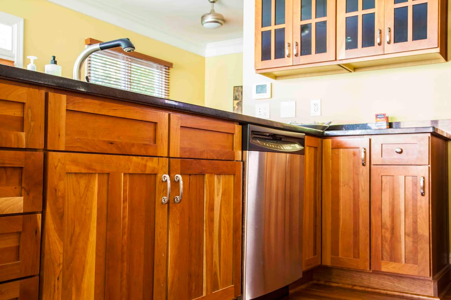 Kitchen cabinet standard dimensions design photos for Ready made kitchen units for sale