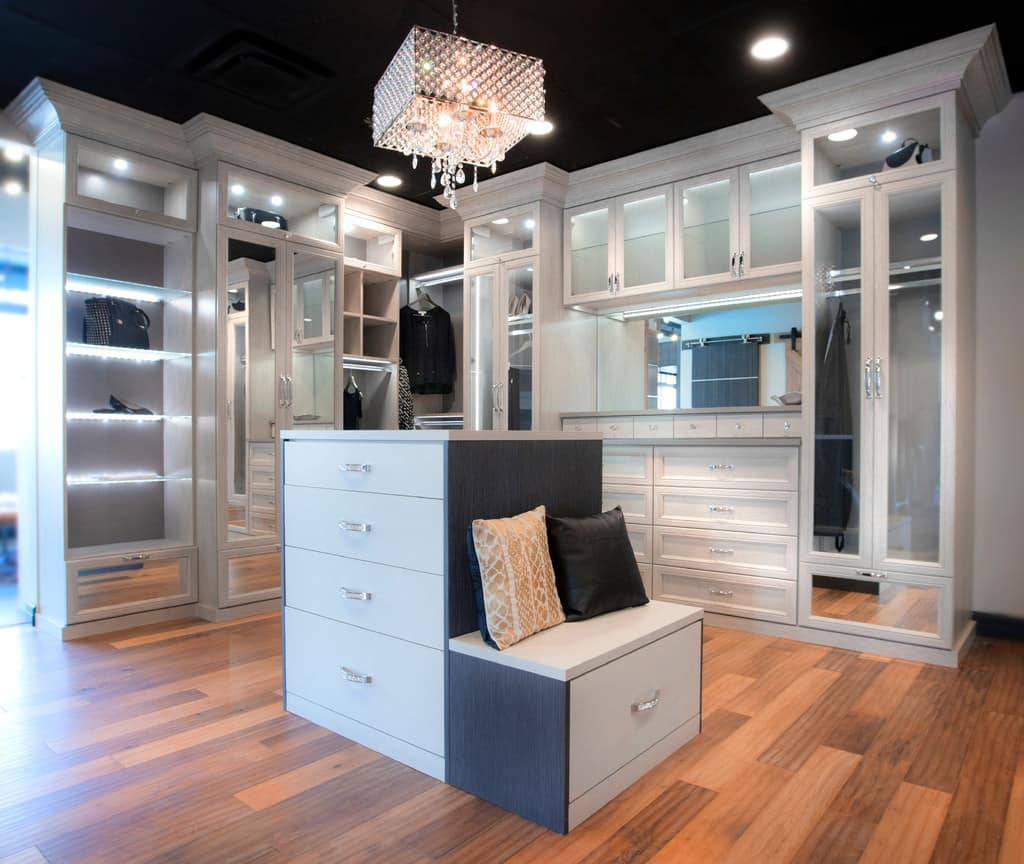 walk in closet ideas walk in closet designs angie 39 s list. Black Bedroom Furniture Sets. Home Design Ideas