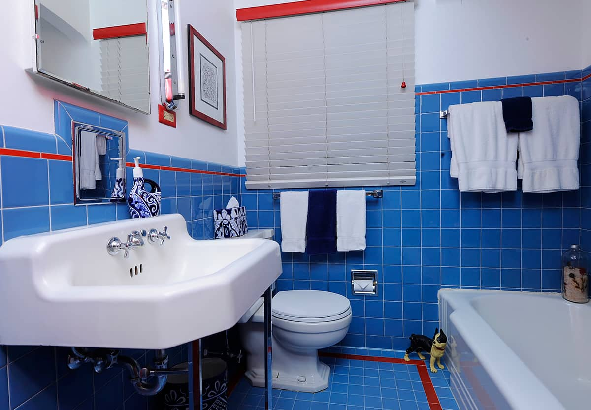 Bathroom Floor Tile – Blue Tile Bathroom