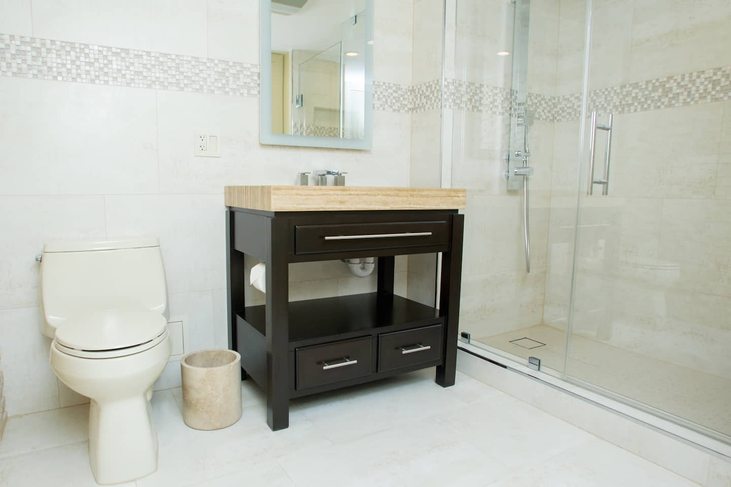 Recommended bathroom flooring - Recommended Articles Bathroom Shower And Floor Tile