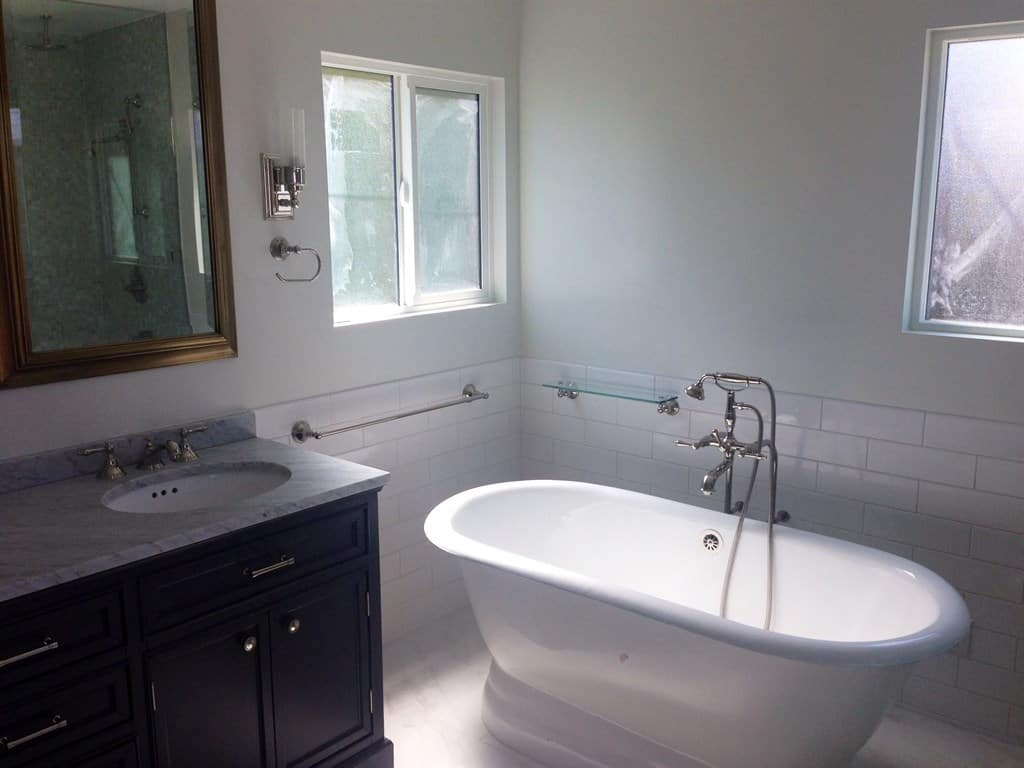 Charming Paint Bathtub Small Paint For Bathtub Solid Bathtub Refinishers How To Paint A Tub Old Paint Tub Gray Paint A Bathtub