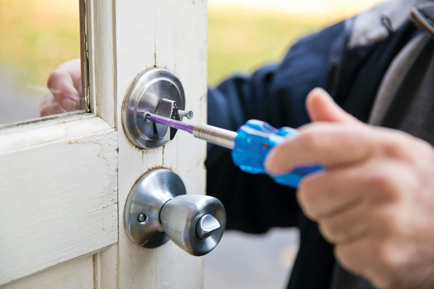 Locksmiths Say Deadbolt Key To Home Security Angie S List