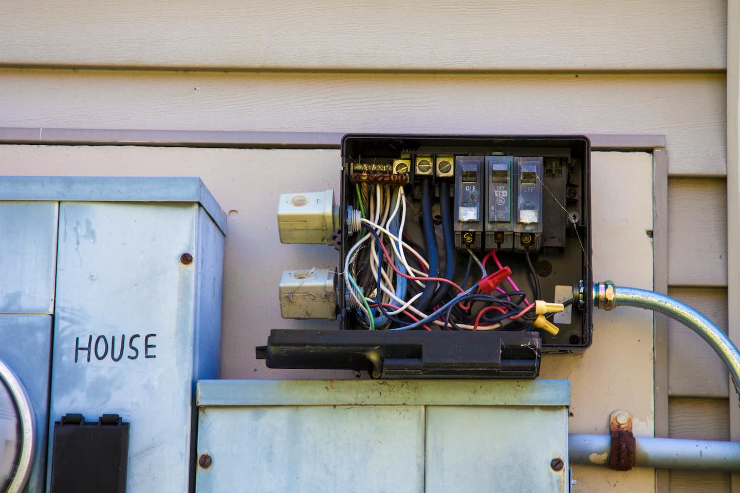 Electrical Troubleshooting | Angie\'s List