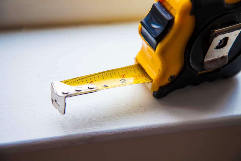 Free handyman price list - Tape Measure Used By Handyman