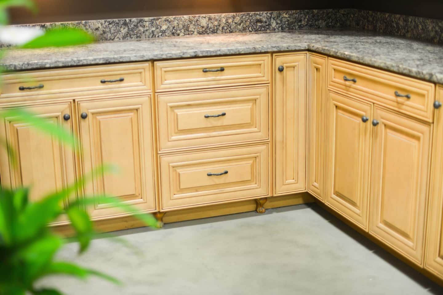 Cost per square foot to refinish kitchen cabinets for How much does it cost to stain cabinets