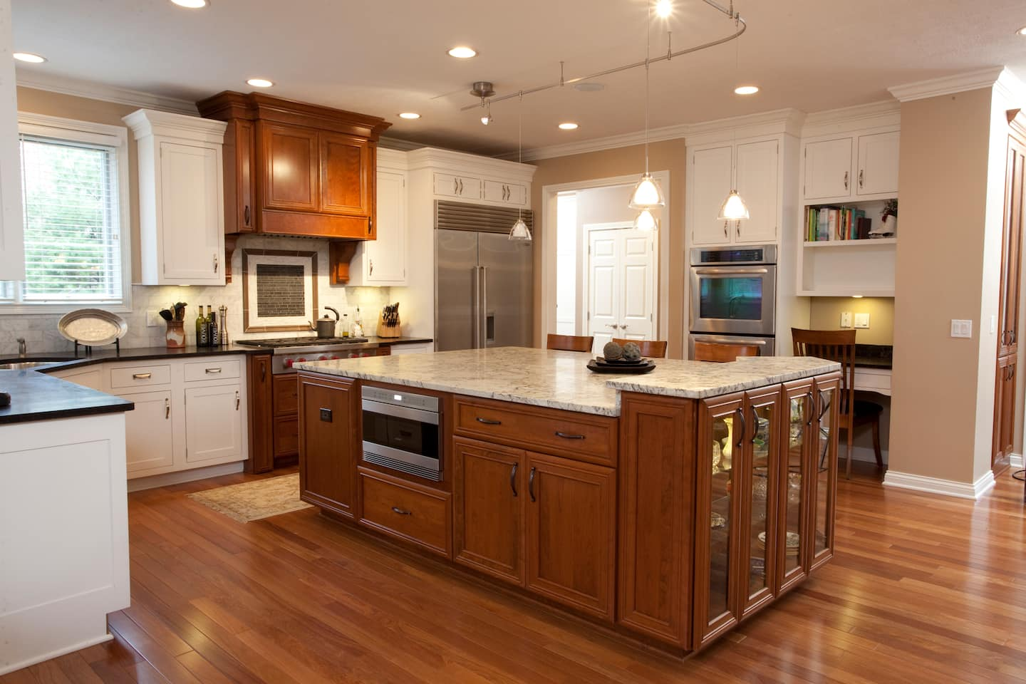 best lights for each room in your house angie s list rh angieslist com Kitchen LED Under Cabinet Lighting Best Lighting for Hallways