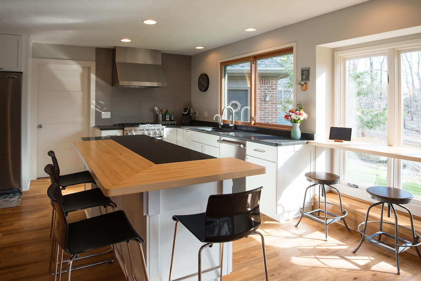 Remodel Makes a Modern Kitchen for the Ages