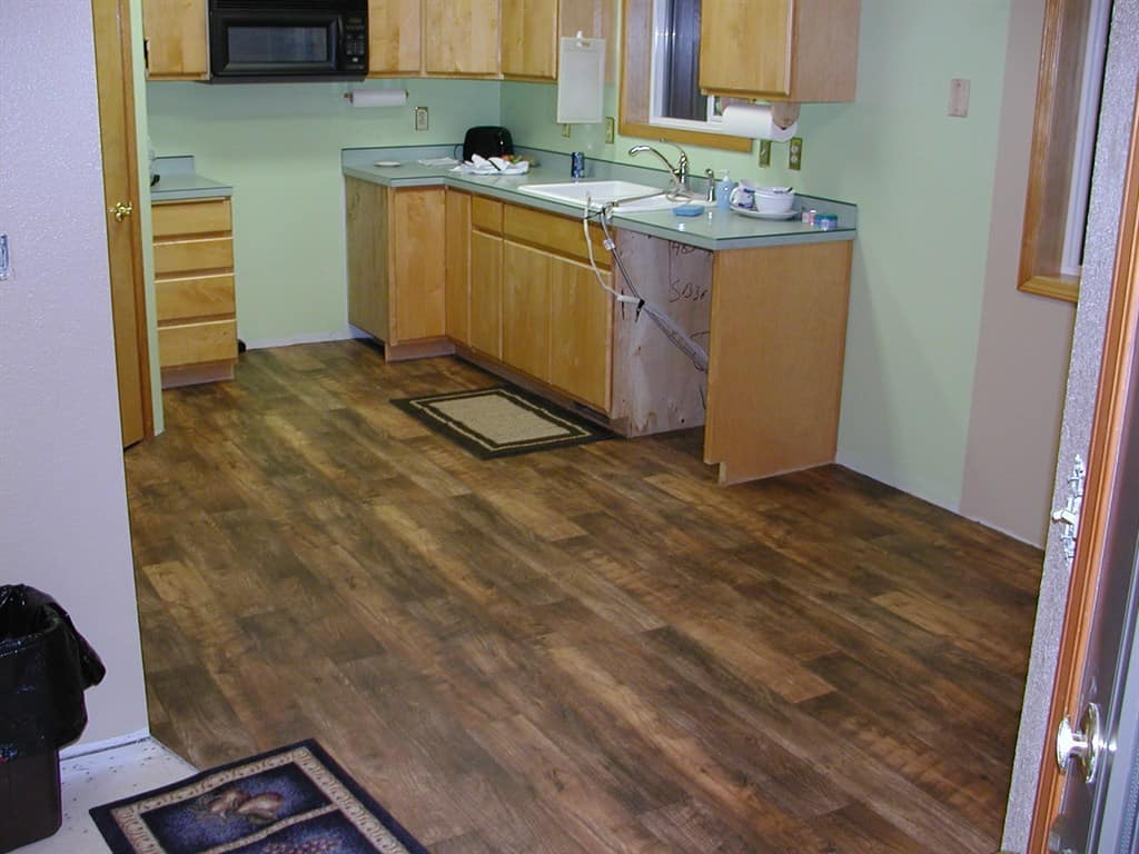 Hardwood Floor Stripping Part - 22: Linoleum Flooring In Kitchen