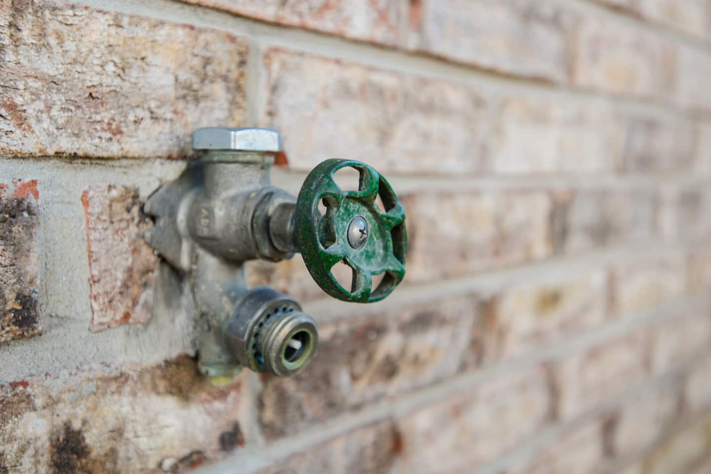What Does It Cost To Replace An Outdoor Faucet