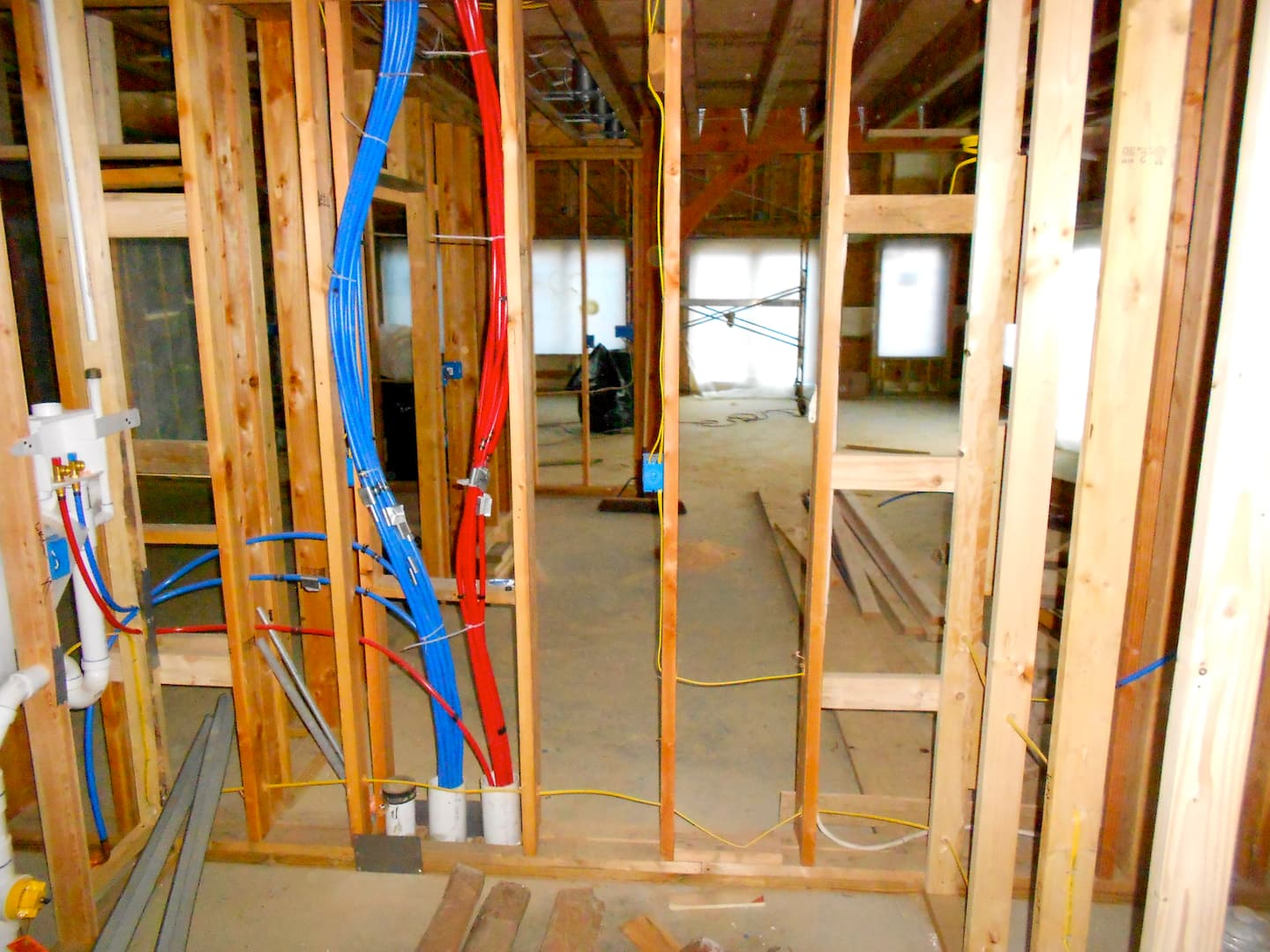 Considerations When Plumbing with PEX Pipe | Angie's List on