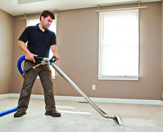 Avoid Unsightly Stains With These Carpet Cleaning Tips