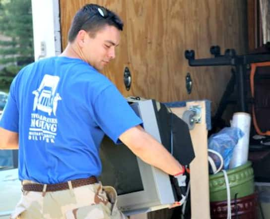 Two Marines moving company in Alexandria, Virginia