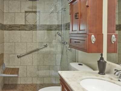 bathroom with grab bars