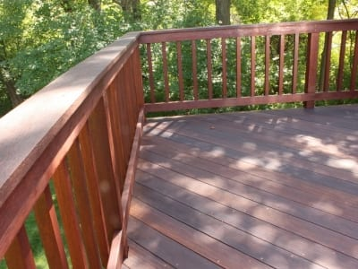 deck staining and maintenance
