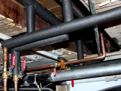 what it means when you have noisy pipes