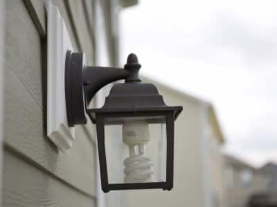 outdoor light fixture with CFL bulb