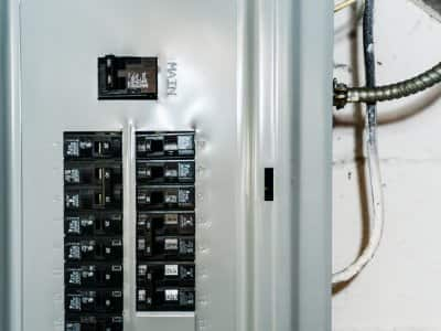 A new circuit breaker box