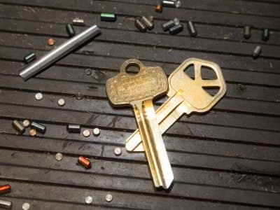 Two keys on ground