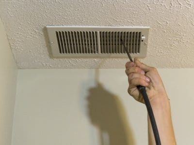 Air duct cleaning vent