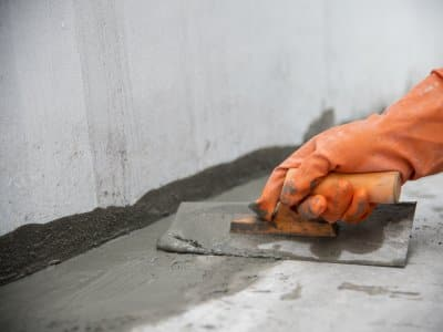 hand edging a concrete slab
