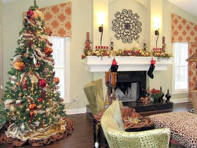 Hire a Pro to Help Decorate for the Holidays .