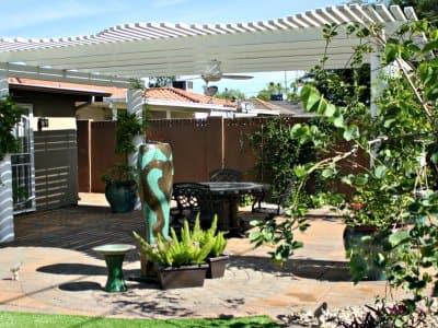 Outdoor landscaped patio