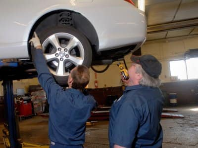 Mechanic Shops Near Me >> Local Auto Repair Mechanics Find A Top Rated Mechanic On