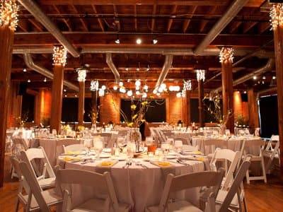 wedding planner and wedding reception