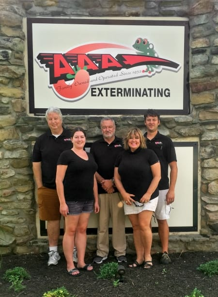 group photo of AAA Exterminating