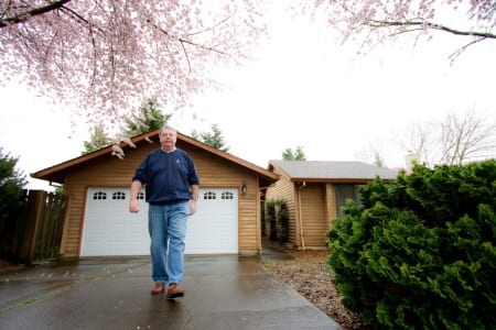 man walking in driveway, pain free, arch supports