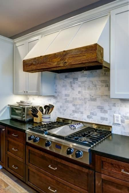 kitchen backsplash height remodeling projects to do before the holidays angie s list 12867