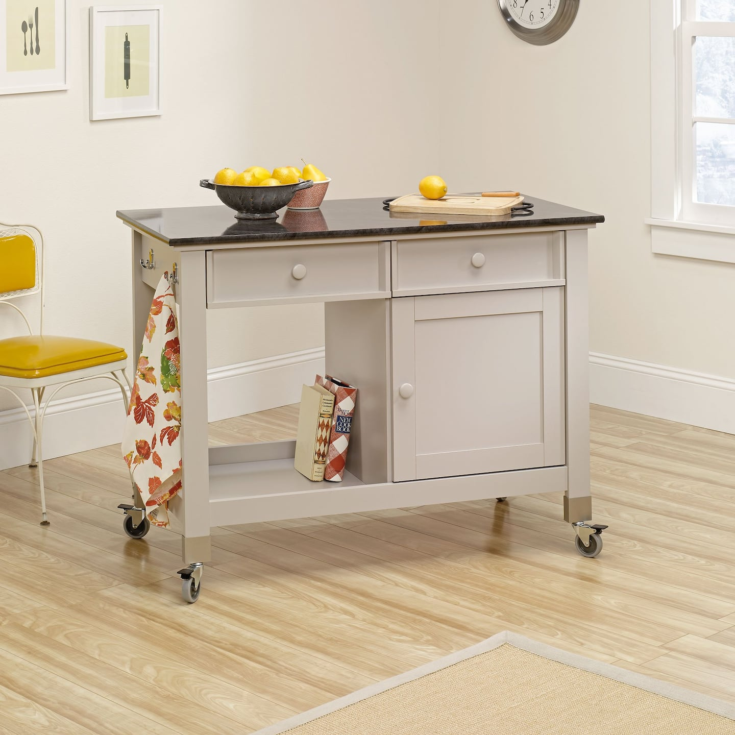 rolling kitchen islands and kitchen island carts