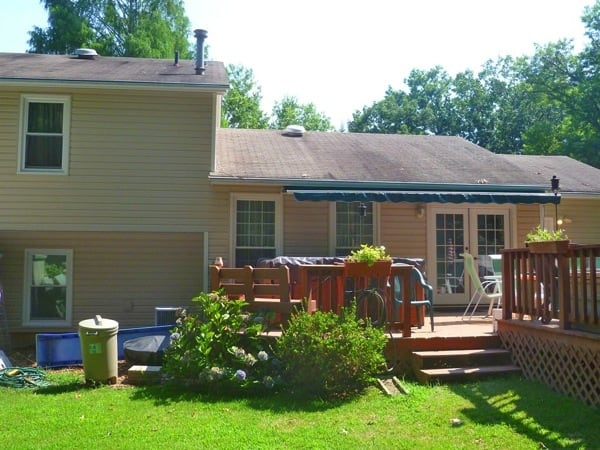 Andrea F. says her home looked new after a siding job by J & F Specialities (Photo courtesy of Andrea F. of West Springfield, Va.)