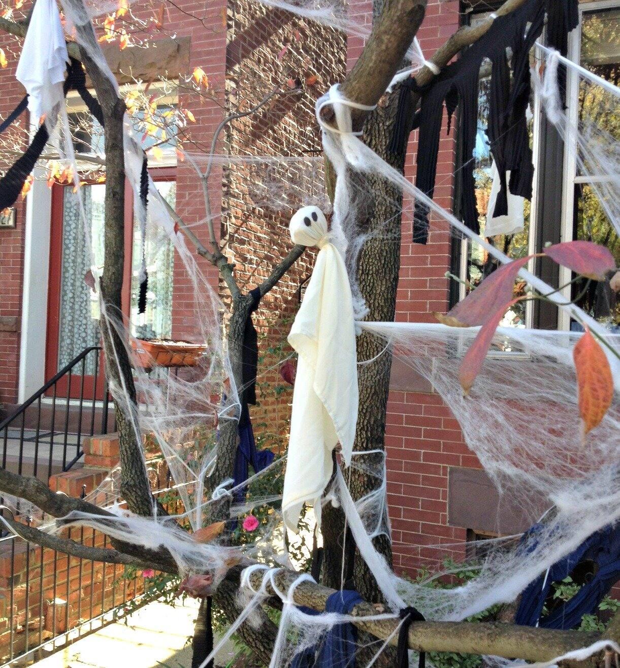 DC Halloween ghost