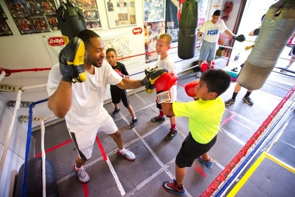 Kids boxing (Photo by )