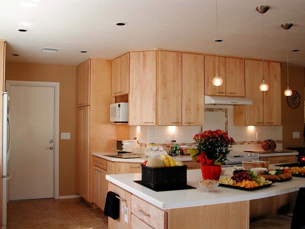 This Kitchen Features Maintenance Free Natural Maple Slab Kitchen Cabinet  Doors. (Photo Courtesy Of Nancy Hugo) View Details