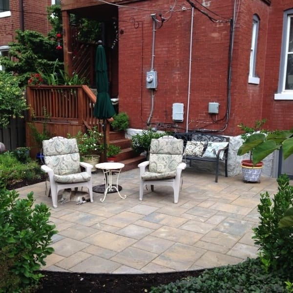A new paver patio provided a natural look for this St. Louis homeowner. (Photo courtesy of Angie's List member Maria S., of St. Louis)