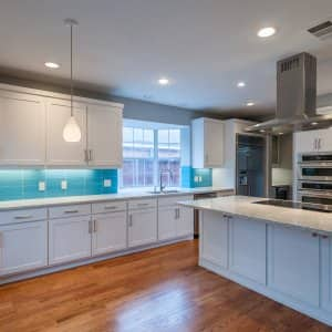 How Much Do Contractors Charge For Kitchen Remodel