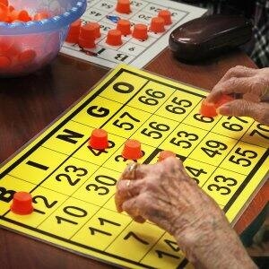 senior citizen playing bingo