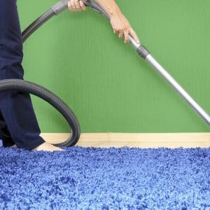 What to Know About Using a Carpet Steam Cleaner