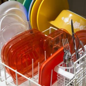 clean dishes in a dishwasher