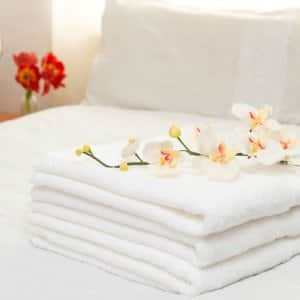 Leave towels in plain sight for your guests. (Photo courtesy of ©Thinkstock)