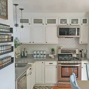 customized white kitchen cabinets