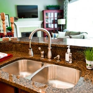 Pros and Cons of Copper Kitchen Sinks | Angie's List